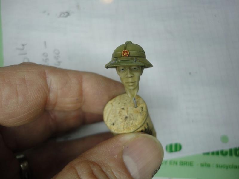 Vietcong 120 mm 1/16 Verlinden  FINI MIS EN GALERIE  Dsc00054
