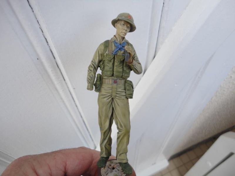 Vietcong 120 mm 1/16 Verlinden  FINI MIS EN GALERIE  - Page 2 Dsc00117