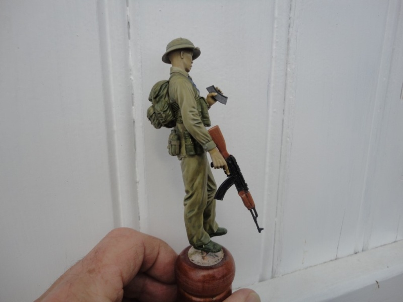 Vietcong 120 mm 1/16 Verlinden  FINI MIS EN GALERIE  - Page 2 Dsc00130
