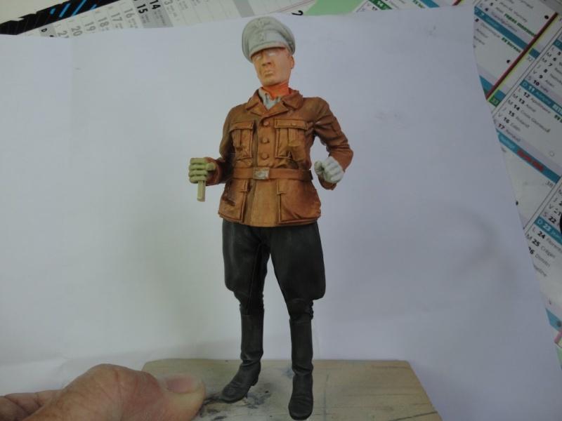 Officier de cavalerie SS WWII - 120 MM - VERLINDEN   ( fini mis en galerie ) Dsc00431