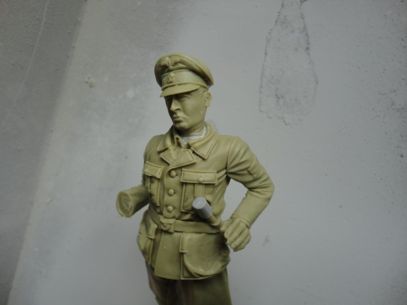 Officier de cavalerie SS WWII - 120 MM - VERLINDEN   ( fini mis en galerie ) Dsc09940