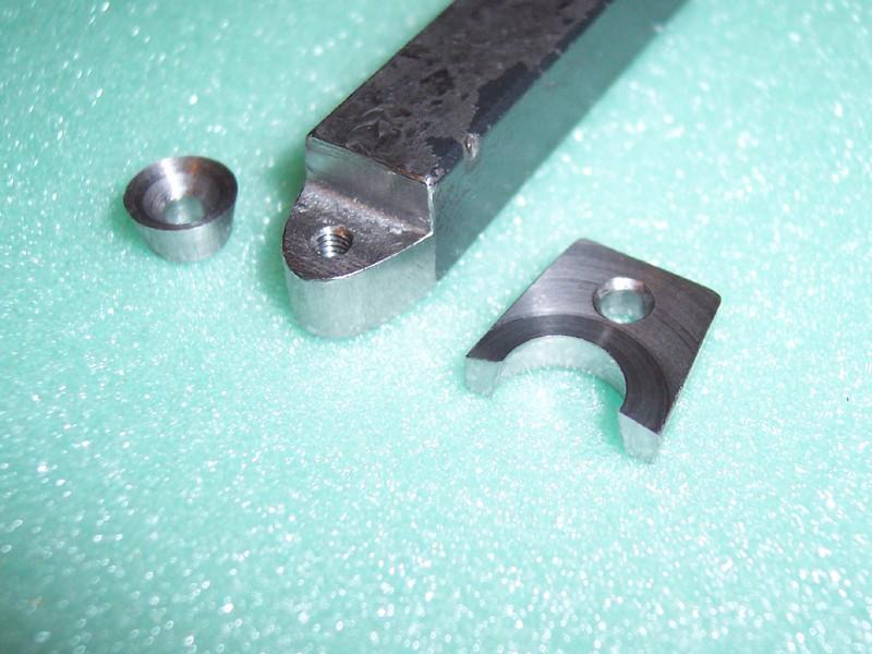 outil avec plaquette triangulaire mais a 45 degres 19-03-10