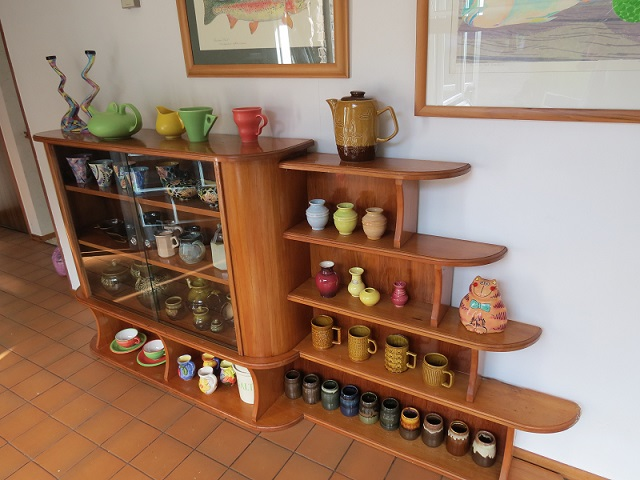 My gorgeous new shelves...  My_she10