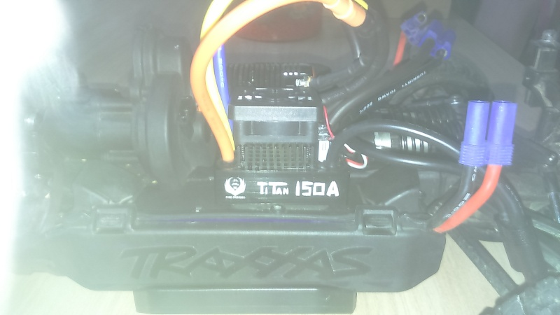 [NEW]ESC 1/8 & 1/5 TITAN 150A/950A Waterproof avec et sans capteur Sensored Hobbypower Dsc_0018
