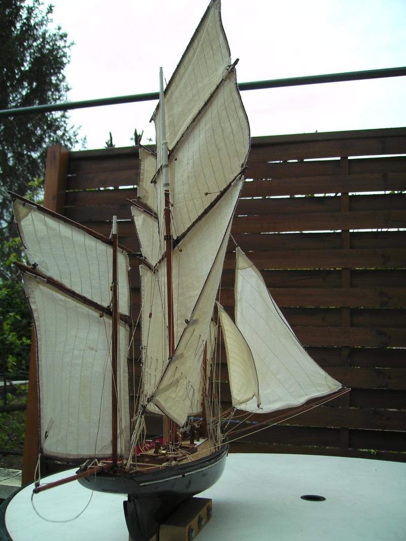 """BISQUINE sur la base """"La Cancalaise"""" Billing Boats 1/40°  - Page 7 Bild0325"""