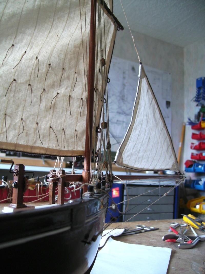 """BISQUINE sur la base """"La Cancalaise"""" Billing Boats 1/40°  - Page 8 Voiles12"""