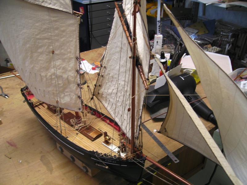 """BISQUINE sur la base """"La Cancalaise"""" Billing Boats 1/40°  - Page 8 Voiles28"""