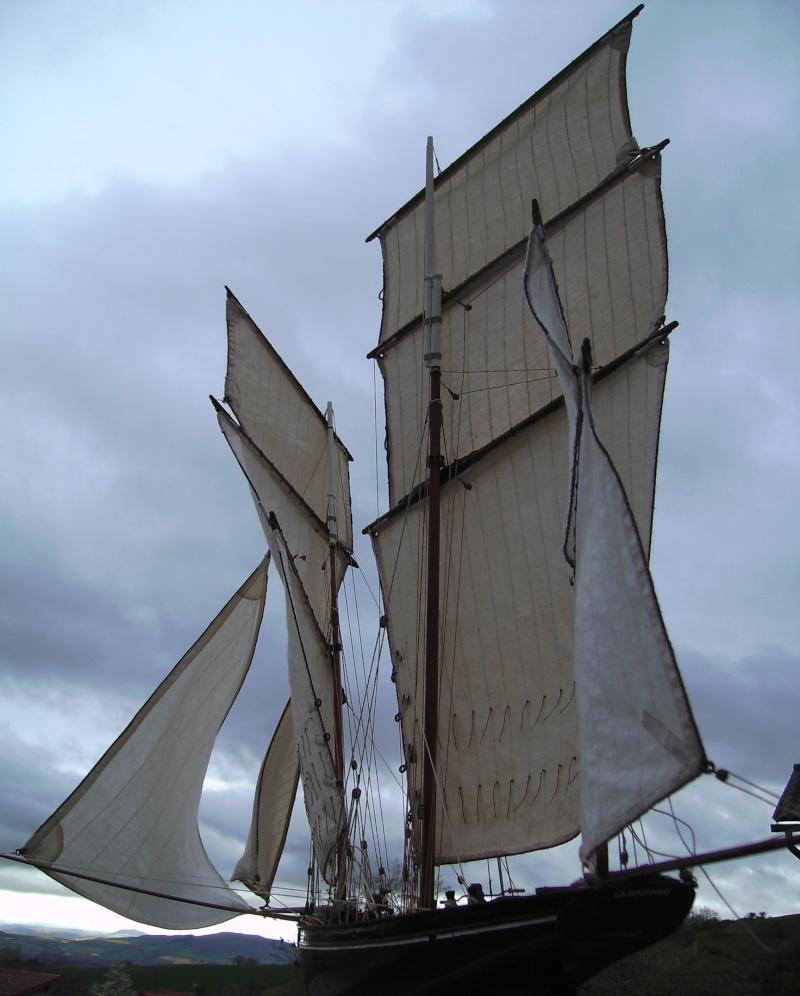 """BISQUINE sur la base """"La Cancalaise"""" Billing Boats 1/40°  - Page 7 Voiles43"""