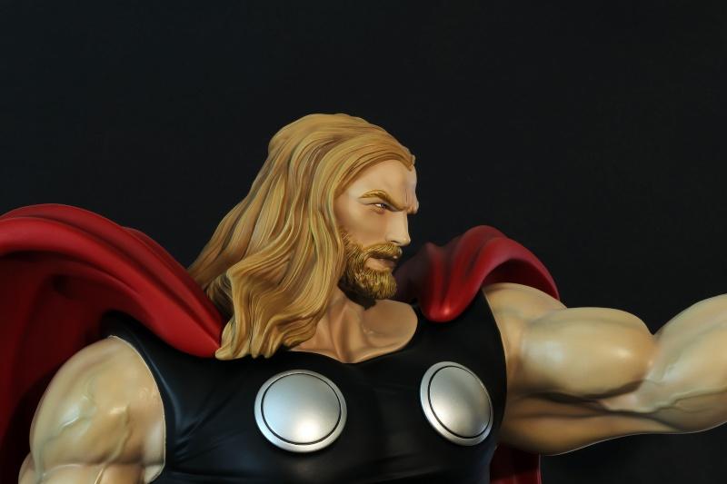 Premium Collectibles : Thor - Comics version  - Page 9 Image59