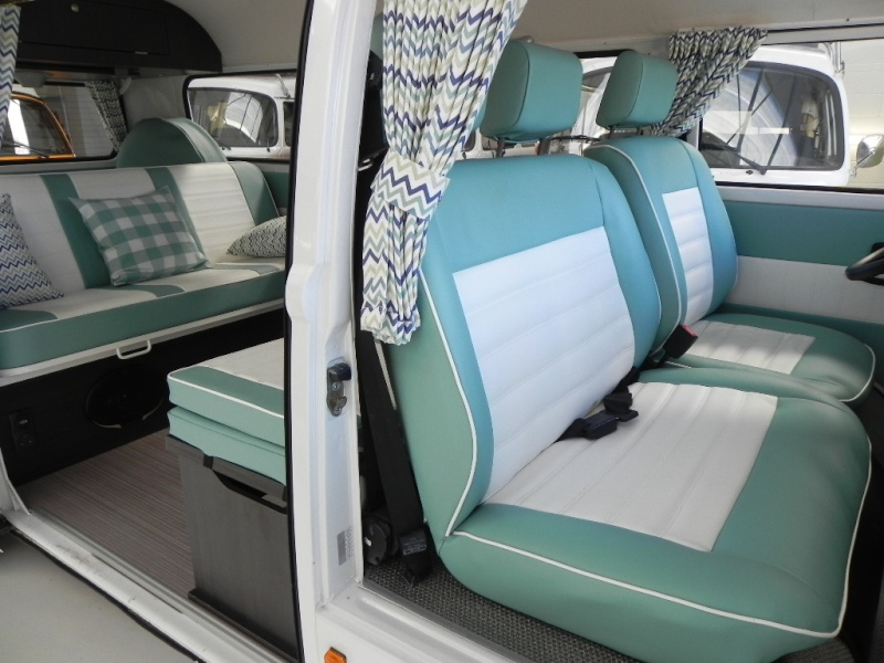 Fresh new interior in this Kombi, check it out.. Dscn9612