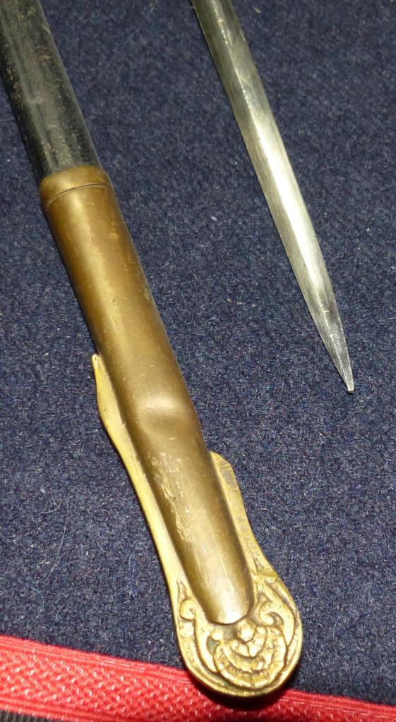 Sabres Marine et épées. P1220224