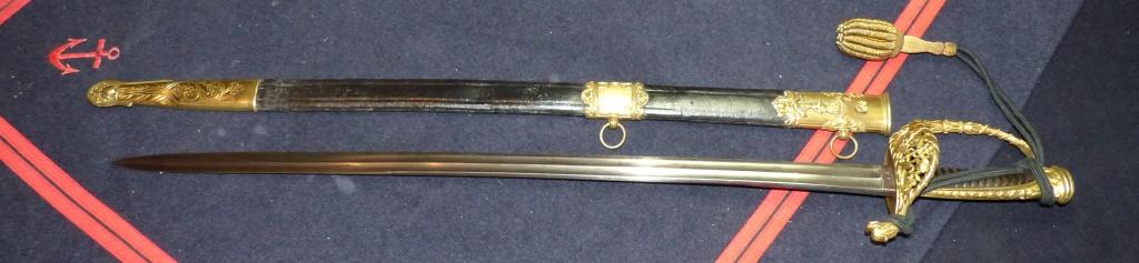Sabres Marine et épées. P1220237