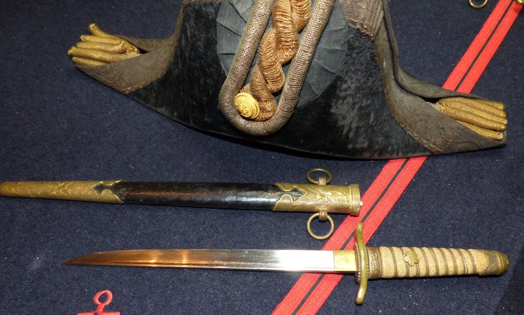 Sabres Marine et épées. P1220250