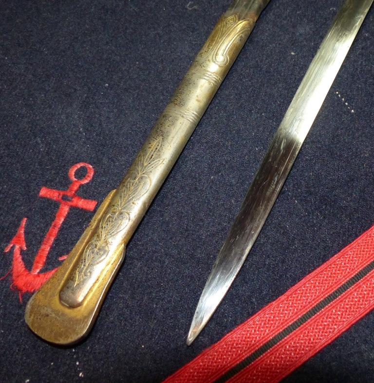 Sabres Marine et épées. P1220265