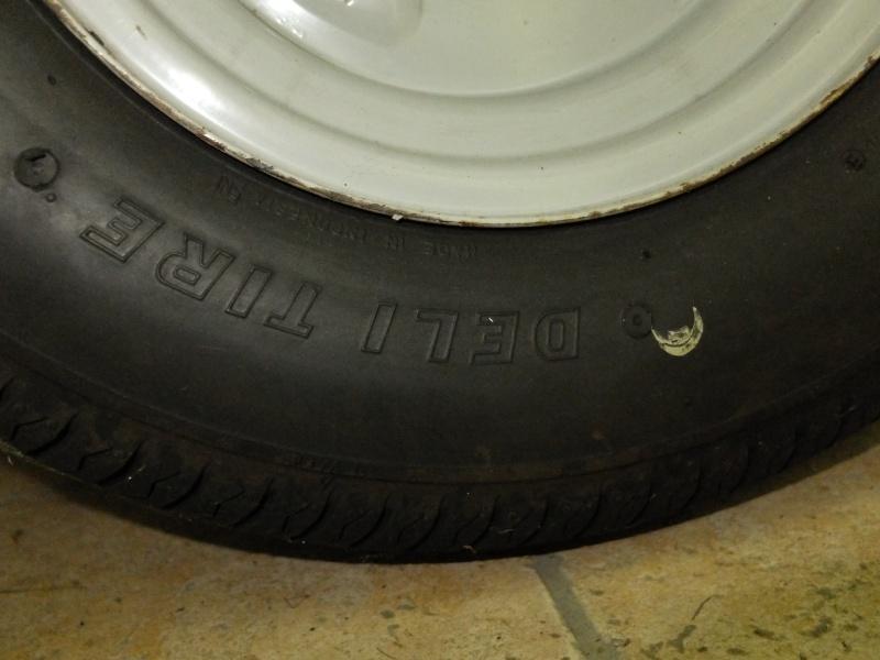 Donne pneus 145-10 Dscf3714