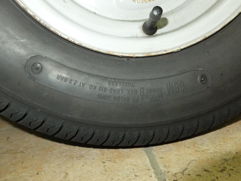 Donne pneus 145-10 Dscf3715