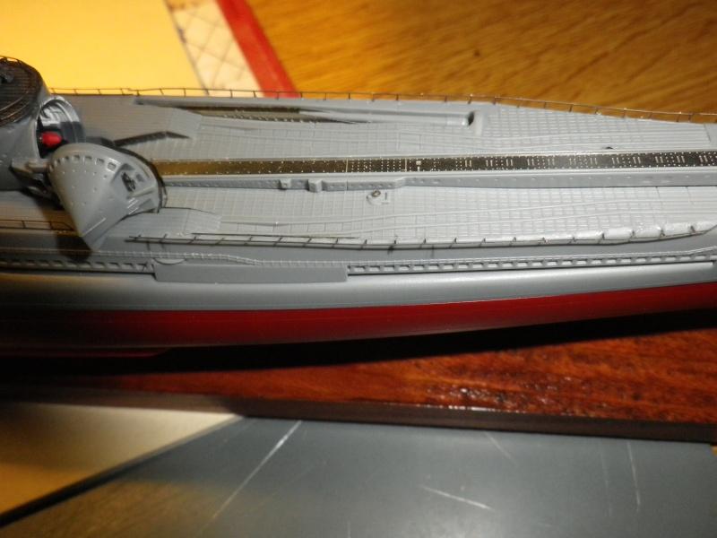 sous-marin japonais I-400 Tamya au 1/350 Imgp4227