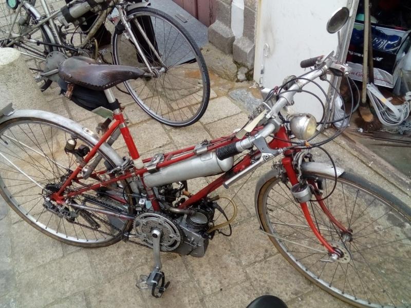Ducati n'a pas toujours fait des belles motos rouges !!! Img_2015
