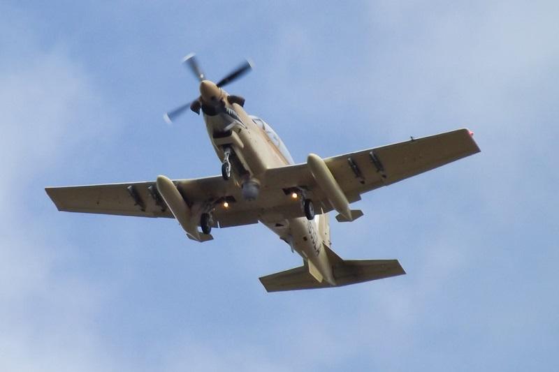 Programme US pour compléter les A-10: Light attack airplane 14379710
