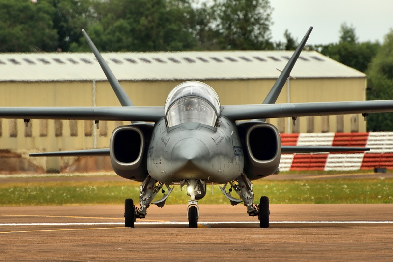 Programme US pour compléter les A-10: Light attack airplane Textro10