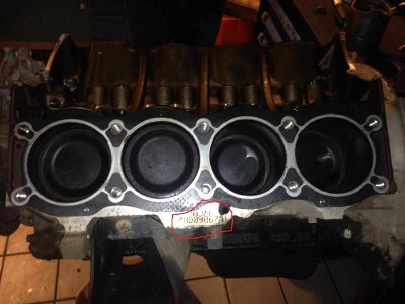 Numéro de série du moteur v8 Thor  Img_0911