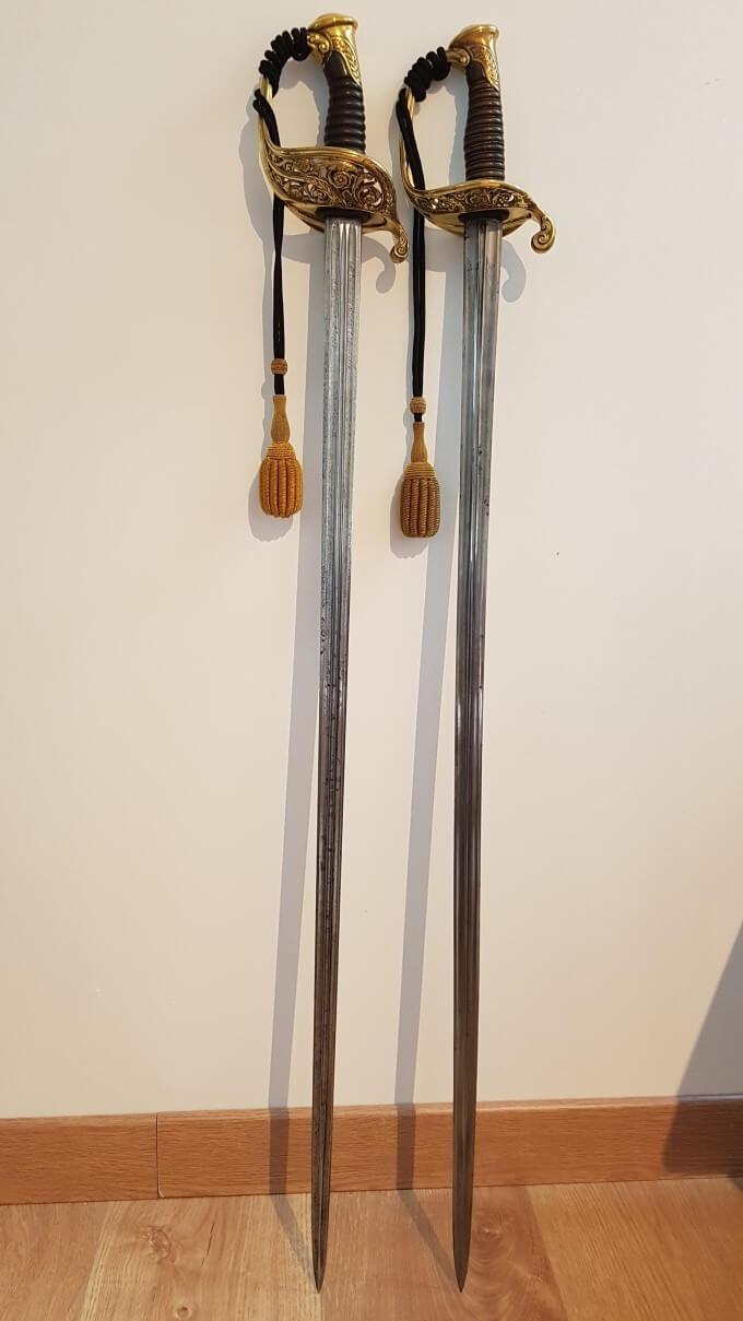 Présentation d'un sabre d'officier supérieur 1855 151