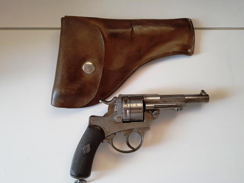 identification étui revolver 20190723
