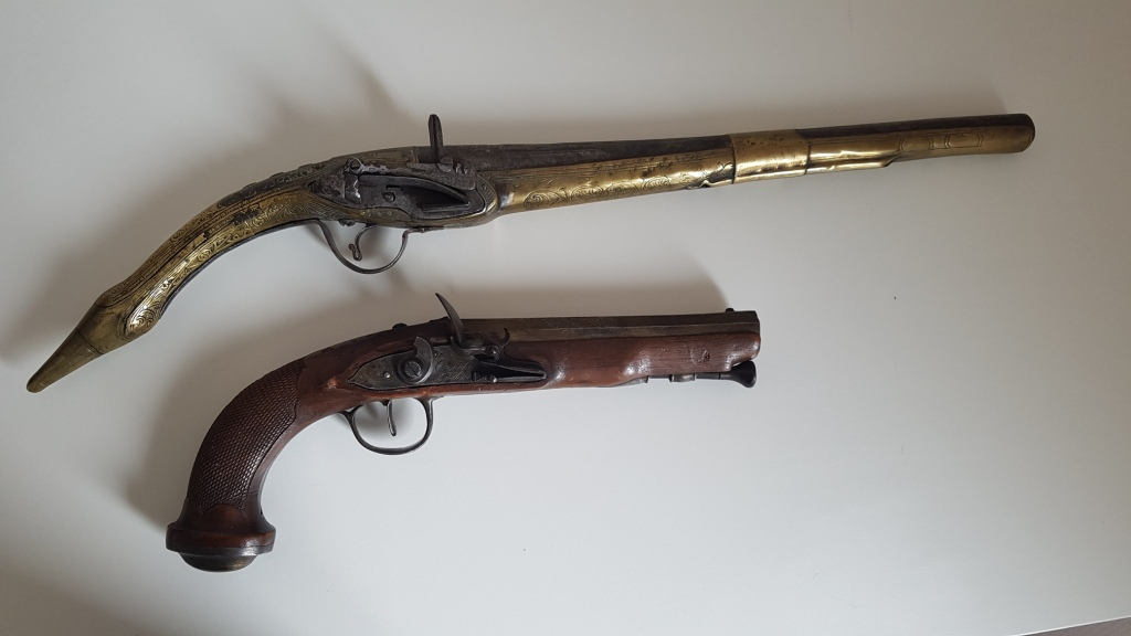 Rare pistolet à silex 17 ème siècle 20200415