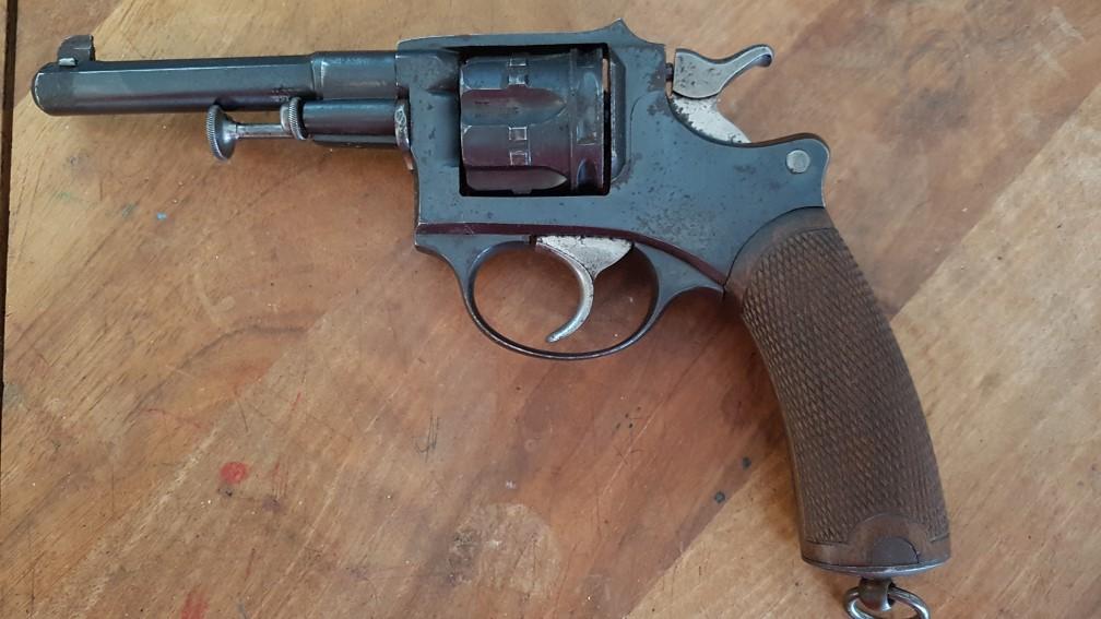 Démontage revolver 1887 civil 20201110