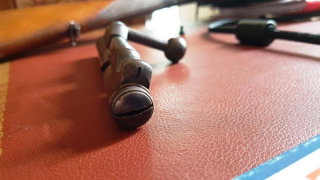 Extracteur fusil Le Hubert St Etienne (version du commerce du Gras) 2021-021