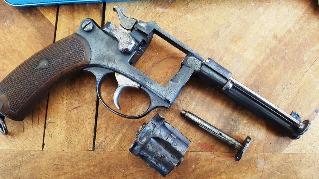 Démontage revolver 1887 civil 2_copi12
