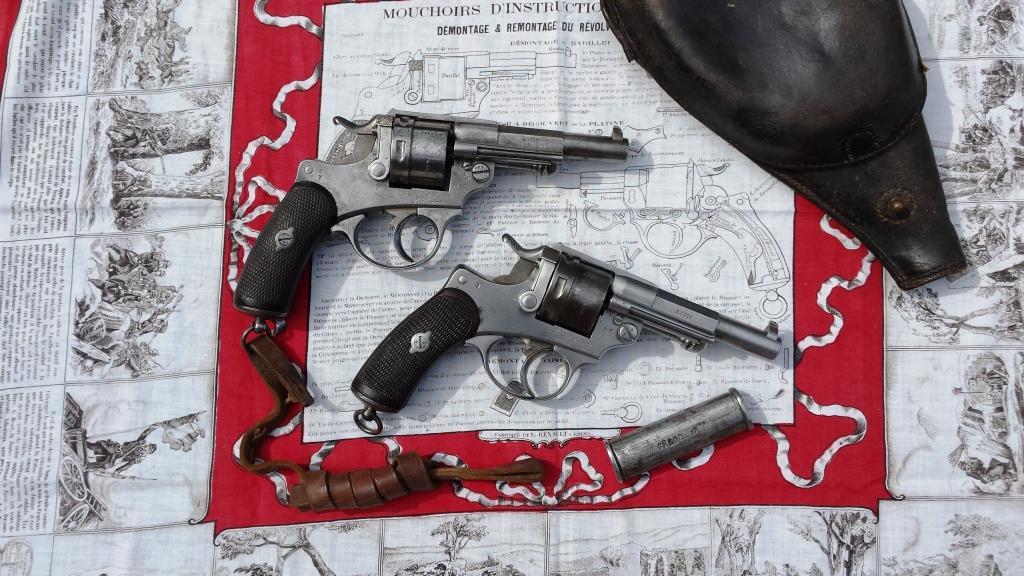 mouchoirs d'instruction militaire N°1 revolver 1873 Revolv11