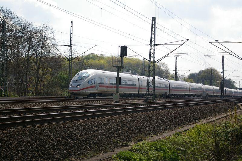 Was die Züge so bewegt ... - Seite 3 403_0110