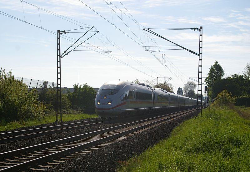Was die Züge so bewegt ... - Seite 4 403_5211