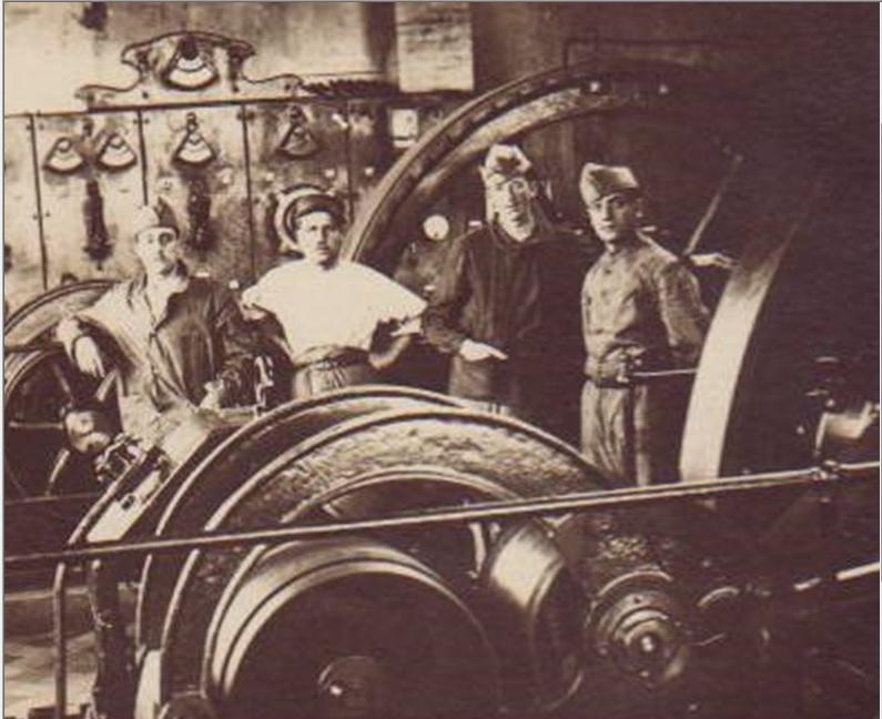 Groupe de militaires du DMC Chartres 10-10-1920 Dmc_210