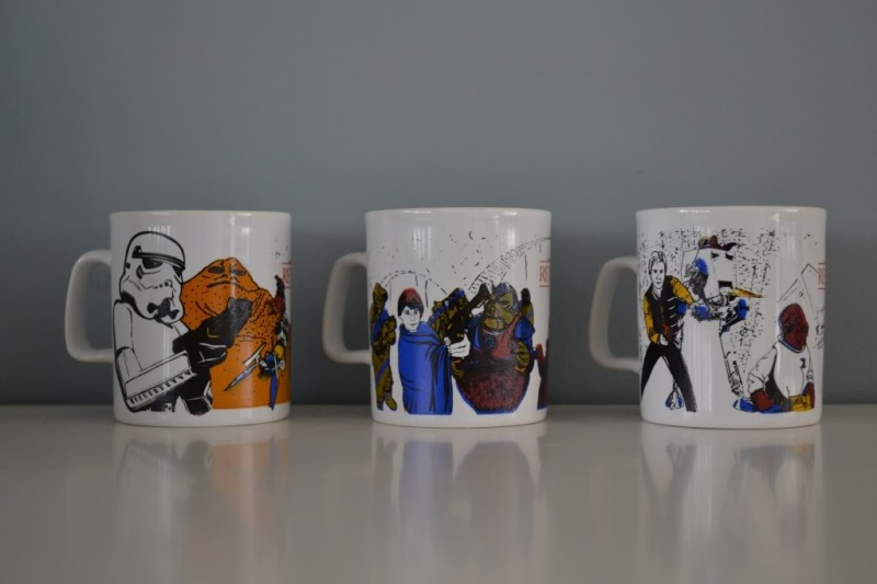 DRINKING VESSELS Mugs_110