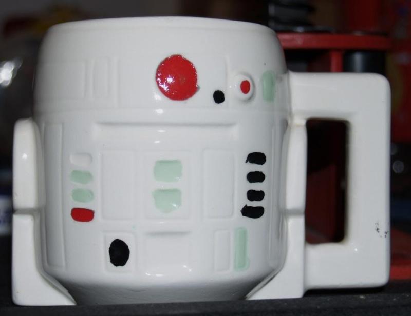 DRINKING VESSELS R2_mug10