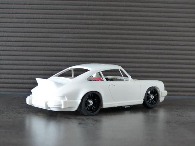 porsche 911 carrera 2.7 type G ( terminée ) P1070416