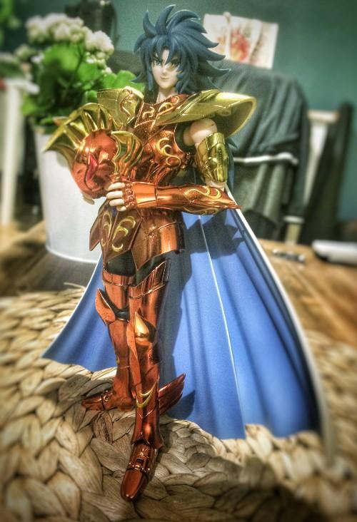 Les photos/montages de votre Myth Cloth EX du Dragon des Mers - Page 2 Kanon_10