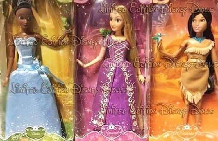 Les poupées classiques du Disney Store et des Parcs - Page 7 13267910