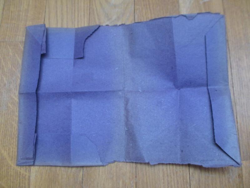 Papier type sachet croix de fer Img_4915