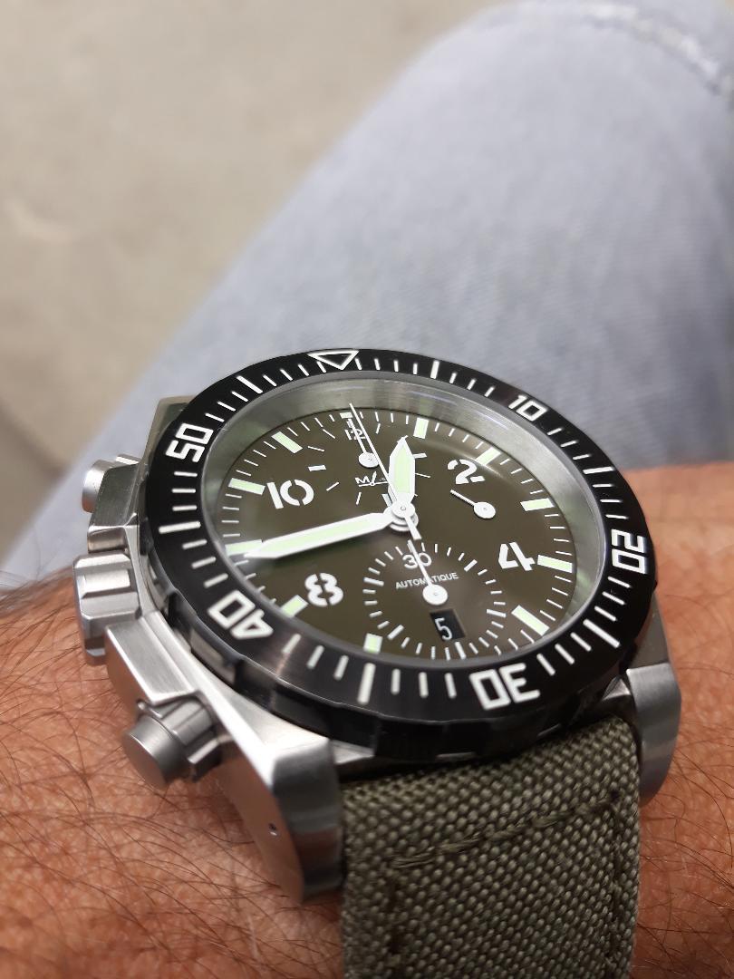 Votre montre du jour - Page 6 8fd4bc10