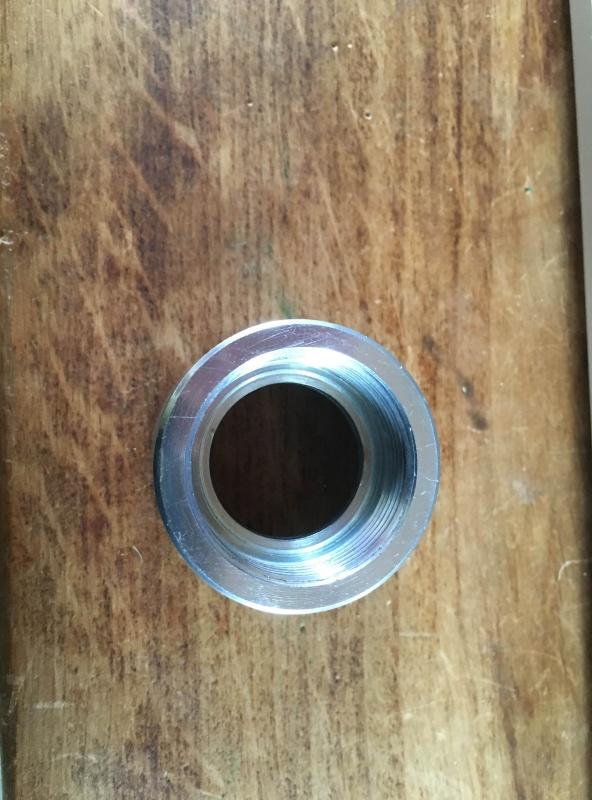 cherche qq1 pour un petit depannage en saone et loire ( tournage metal) Img_2012