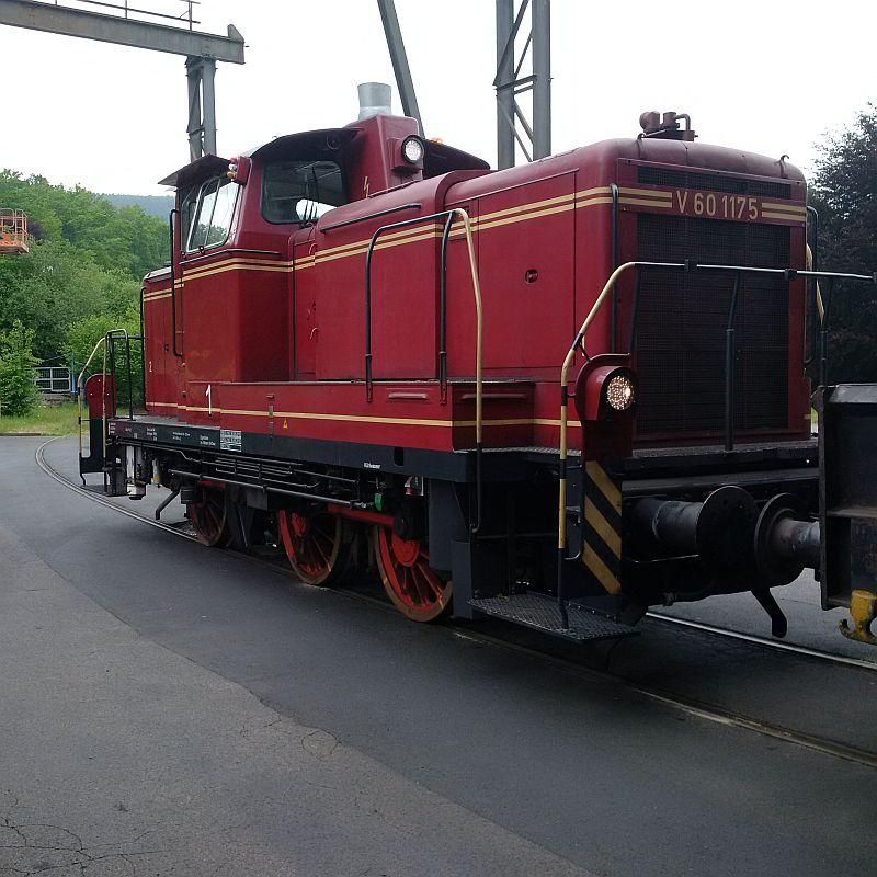 V60 1175, ex DB 261 175, jetzt Werkslok  324