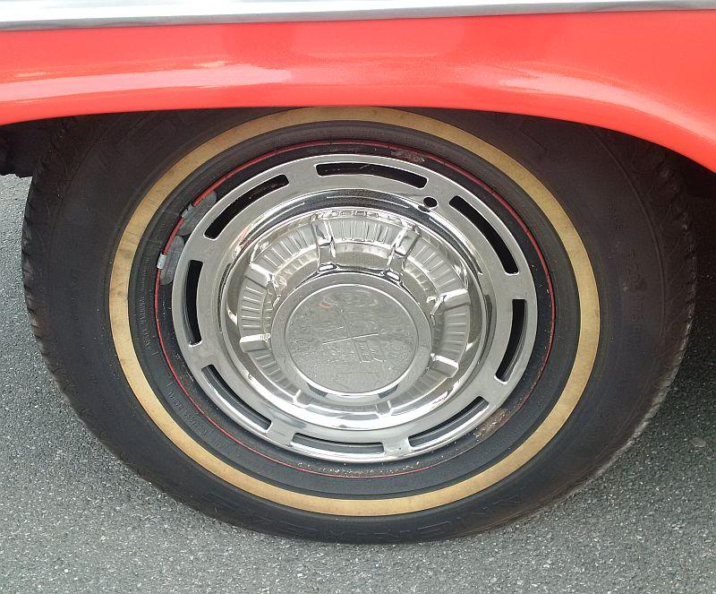 """Chevrolet Impala Biscayne Coupe 1959 - auf dem Parkplatz """"schnappgeschossen""""  812"""