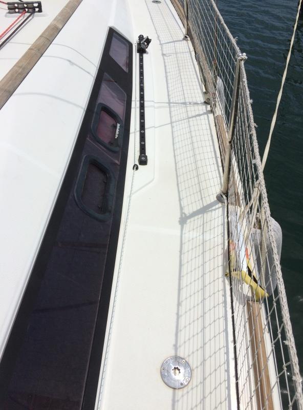 [TECHNIQUE] Installation chariot de Genois réglable ( easy sail ) // Barre d'écoute GSE réglable Img_3814