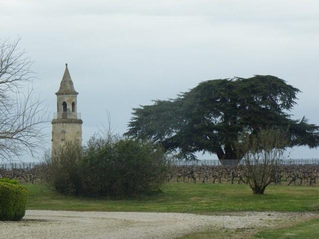 Château La Tour de By vu par Ghislaine B P 12963710