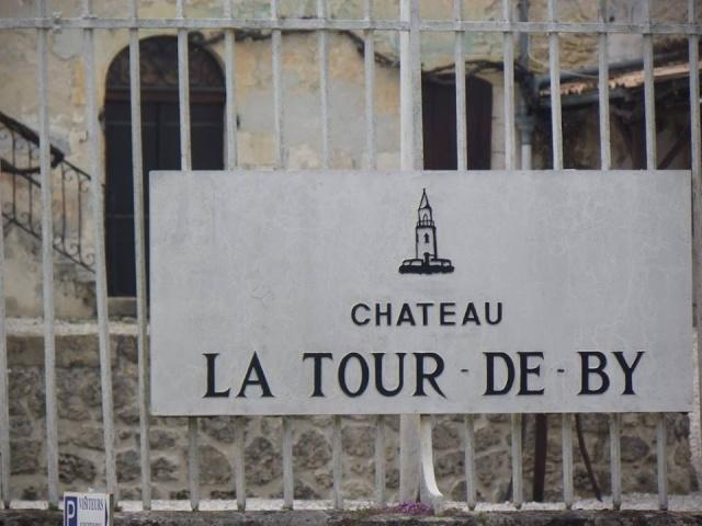 Château La Tour de By vu par Ghislaine B P 8623_110
