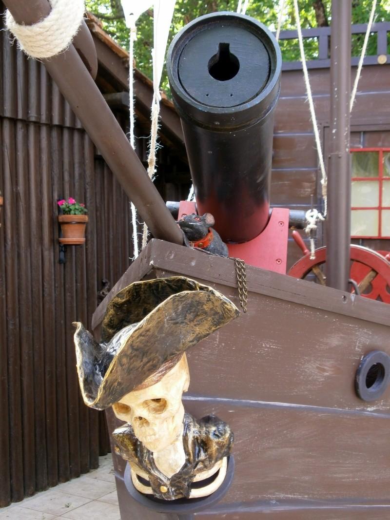 Bateau de pirates P5210113