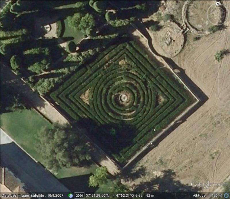 Les labyrinthes découverts dans Google Earth - Page 22 B16